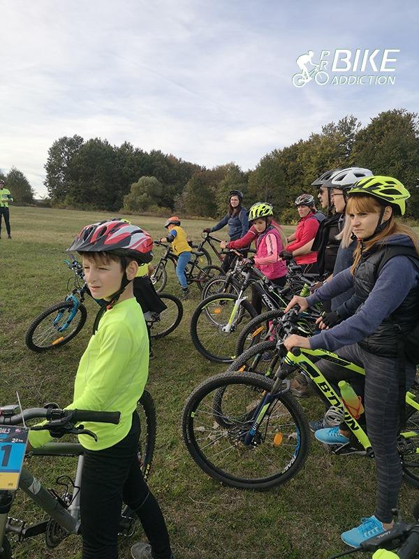 probikeaddiction cicloturism iasi poiana cu cetate poiana cu schit masa traditionala 16