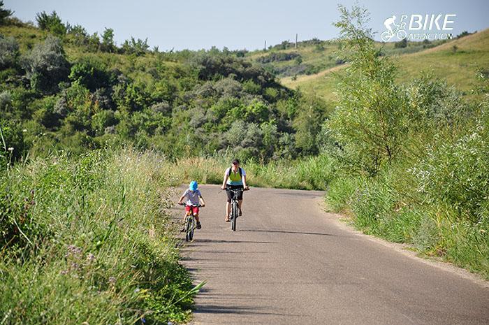 probikeaddiction bike touring mud vulcanos vulcanii noroiosi cicloturism 1